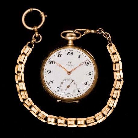 4fac6069c Antiguo reloj de bolsillo, de la casa Omega, finales de los años 1900 y