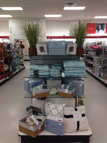 Tj Maxx Endcaps Home Goods Store Store Decor Merchandising Displays