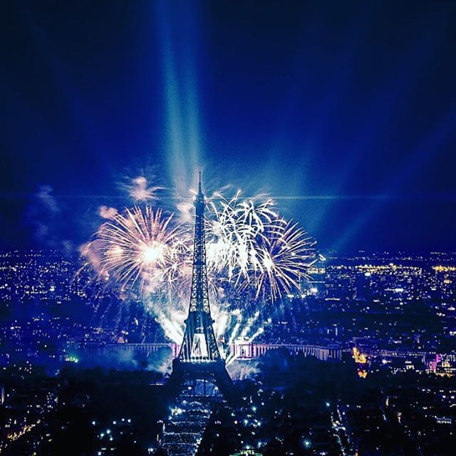 #HappyNewYears #Paris  #FareCompare is highlighting New Years celebrations from across the globe.  Share your pics with us and the best will be featured!  Photo by @sargis_art