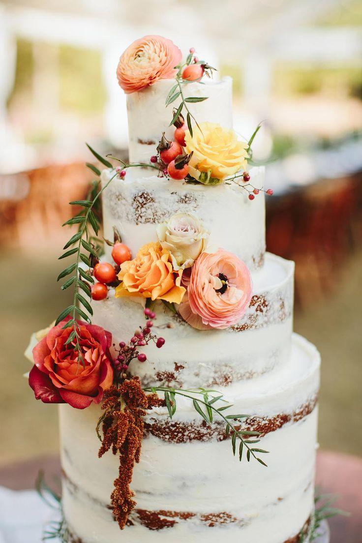 Carolina woods wedding with understated elegance wedding cakes