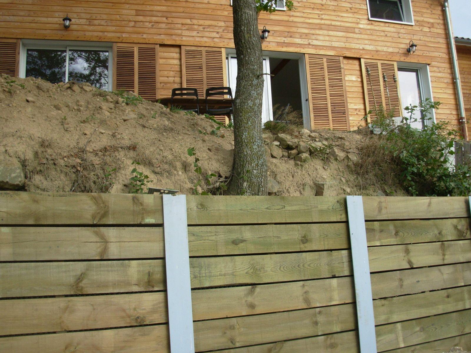 R sultat de recherche d 39 images pour mur soutenement en bois amenagement exterieur - Faire un mur de soutenement ...