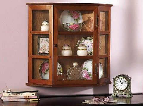 Exceptionnel Hanging Wall China Cabinet | Globerove