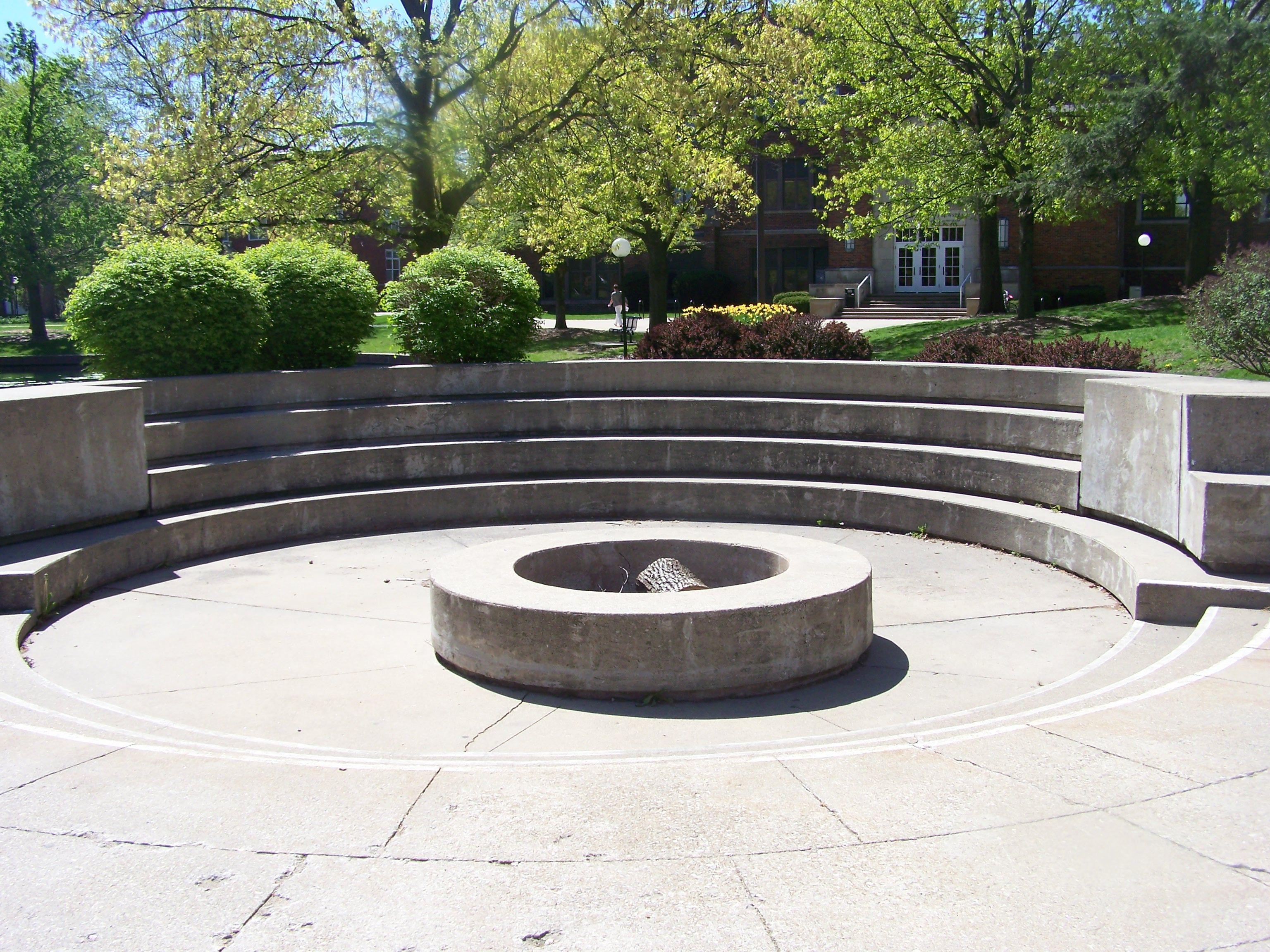 Bonfire Pit Central College Campus Pinterest