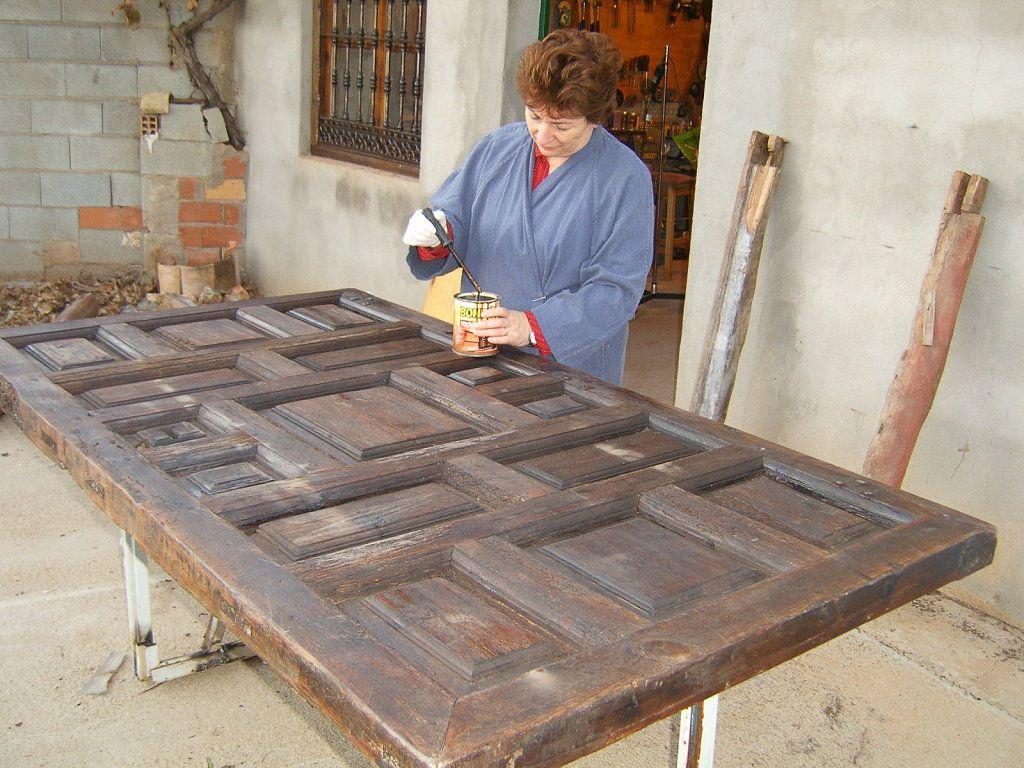 8 ideas sensacionales para reciclar puertas antiguas for Reciclar puertas antiguas