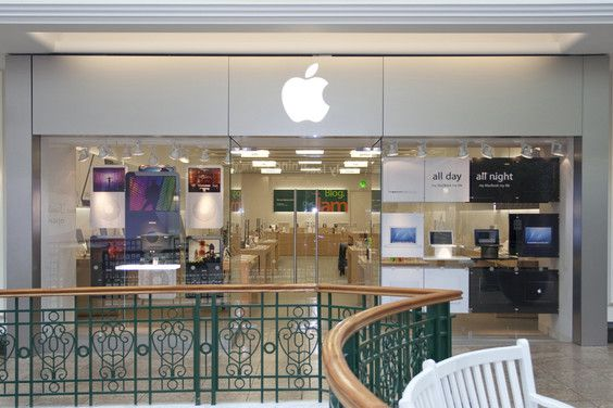 Apple Store Meadowhall 80 High Street Sheffield S9 1en Apple Apple Retail Store Apple Store Apple Uk