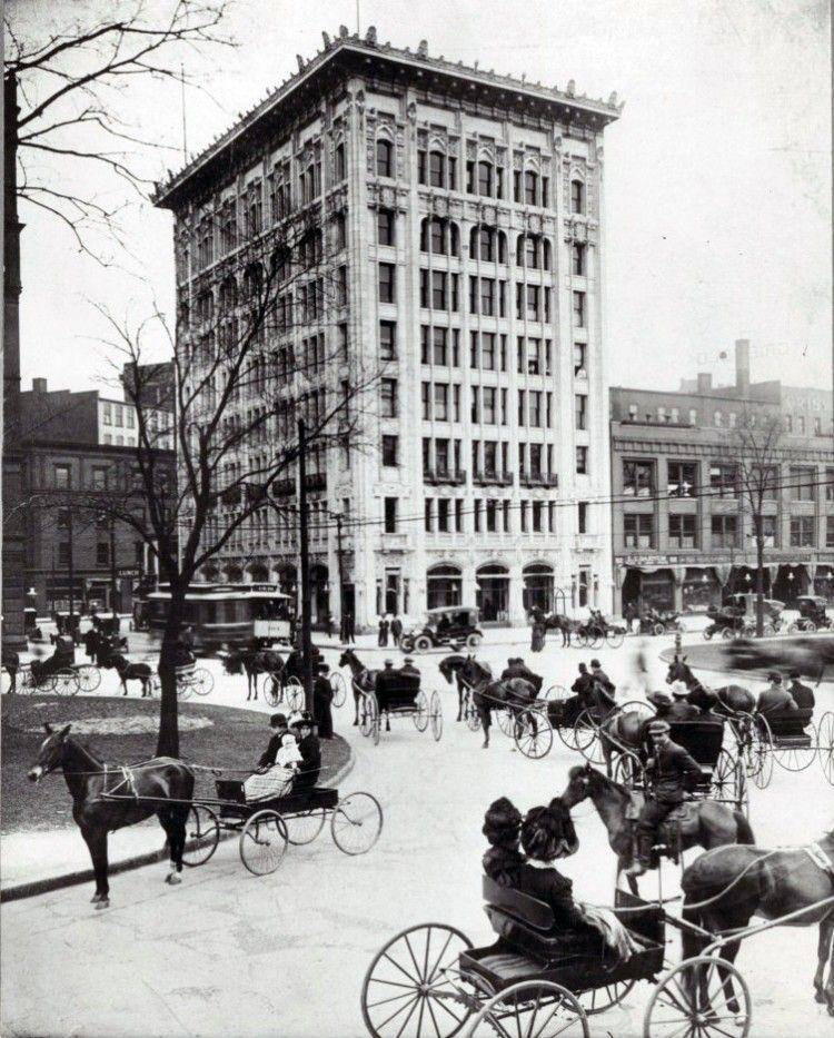 The Empire Building And A Horse Filled Washington Boulevard Downtown Detroit Detroit History Old Photos Detroit