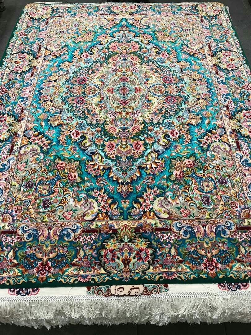 Investing Your Money In Persian Rugs Is Investing In Beauty Magic Spirit Of Time The More Time Passes The Stair Runner Carpet Rugs On Carpet Persian Carpet