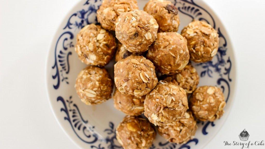 Raw guličky s arašidovým maslom a kokosom