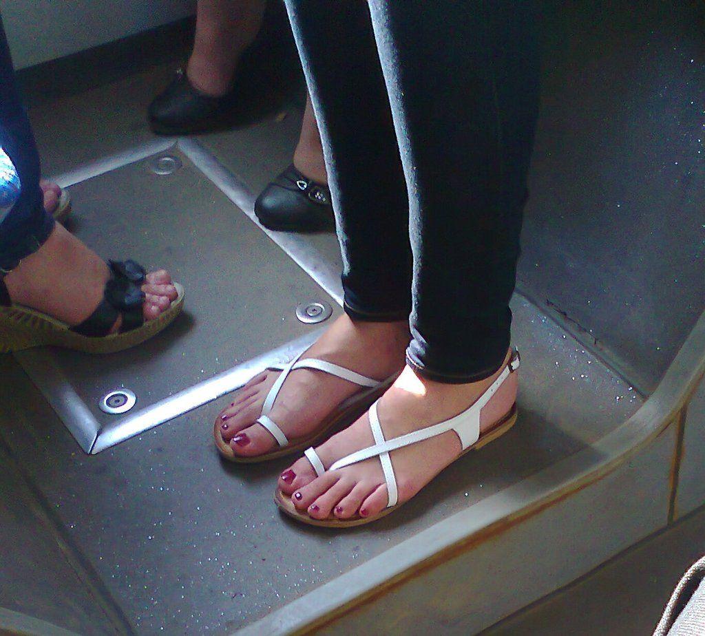 straight toesandrew77777.deviantart on @deviantart | toes