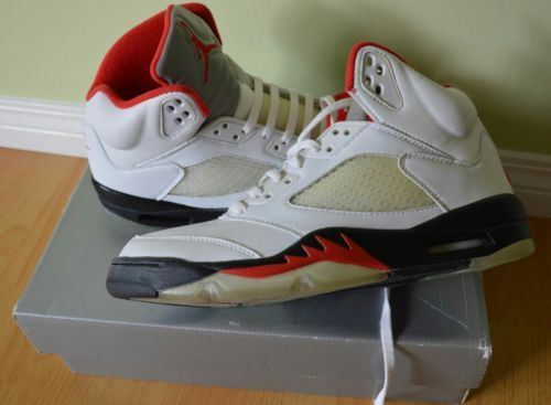 Nike AIR Jordan V 5 Retro DS size 9.5 White black fire red rare 1999 2000 og