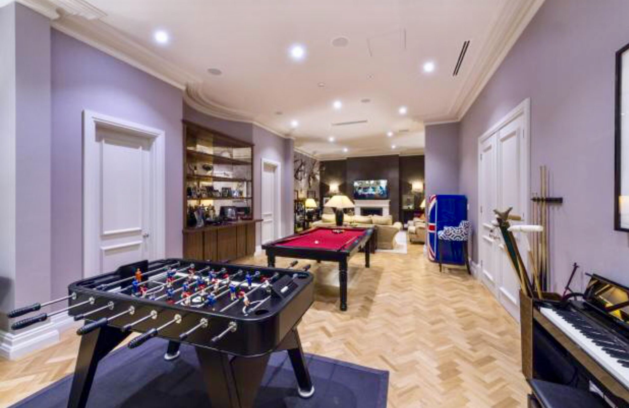 Games Room, Surrey