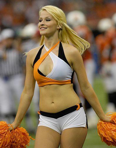 Nfl cheerleaders wardrobe fails uncensored free