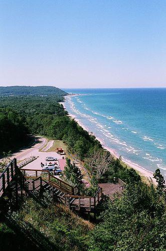 M22 Scenic Overlook Lake Michigan Arcadia Mi Michigan Vacations Michigan Beaches Michigan Road Trip