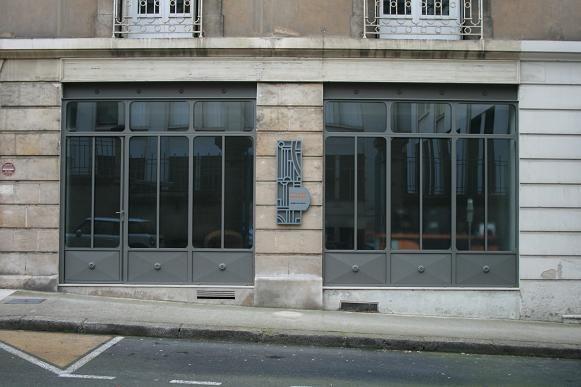 Menuiserie Acier Rouillé THEVENET PERE ET FILS SARL Portail - Porte placard coulissante jumelé avec serrurier metallier paris