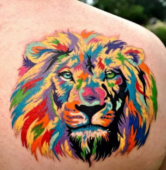 Colorful lion by Zulu.