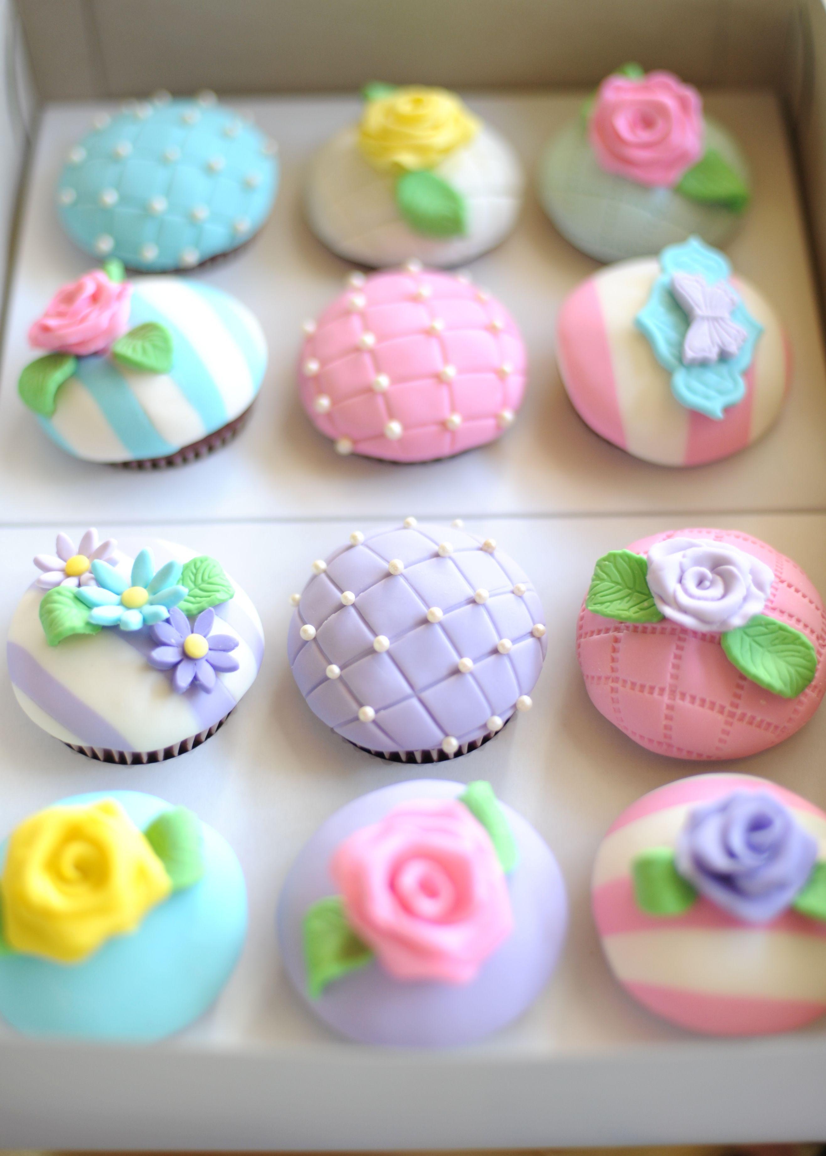 Cupcakes for a tea party design pinterest cupcake for Torten dekorationen