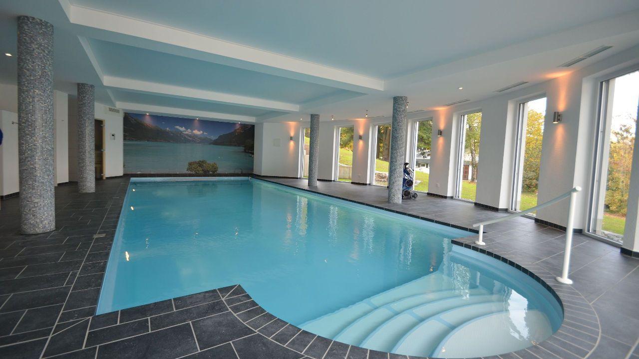 Schwimmbadbauer Schwimmbadbau und Bauelementevertrieb