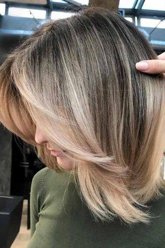 42 Mittellanges geschichtetes Frisuren- Beste Ideen für einen atemberaubenden Look | Trend Bob Frisuren 2019 #layeredhair
