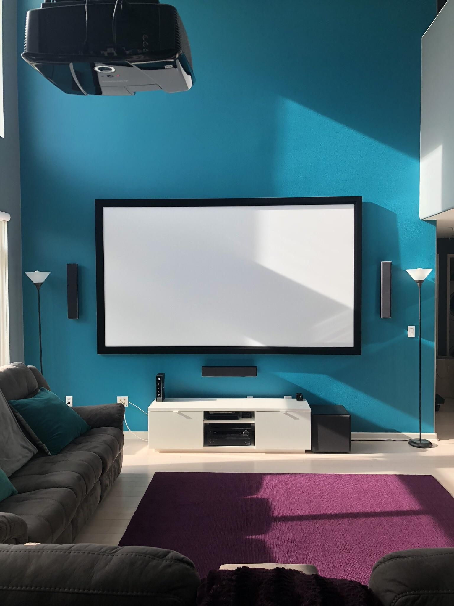 First post, my living room. Advice and suggestions ...