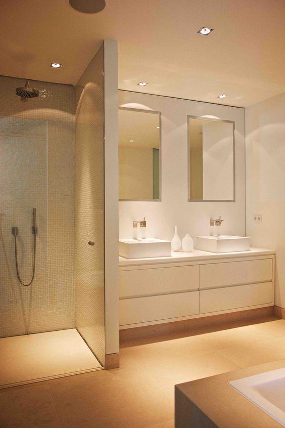 Tipps für die Beleuchtung von begehbaren Duschen und