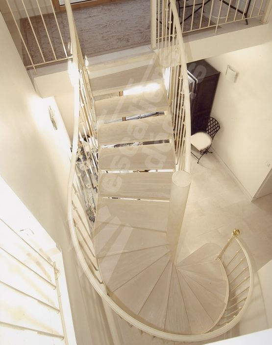 dt60 spir 39 d co mixte balanc mod le d pos escalier m tallique avec vol e balanc e l. Black Bedroom Furniture Sets. Home Design Ideas