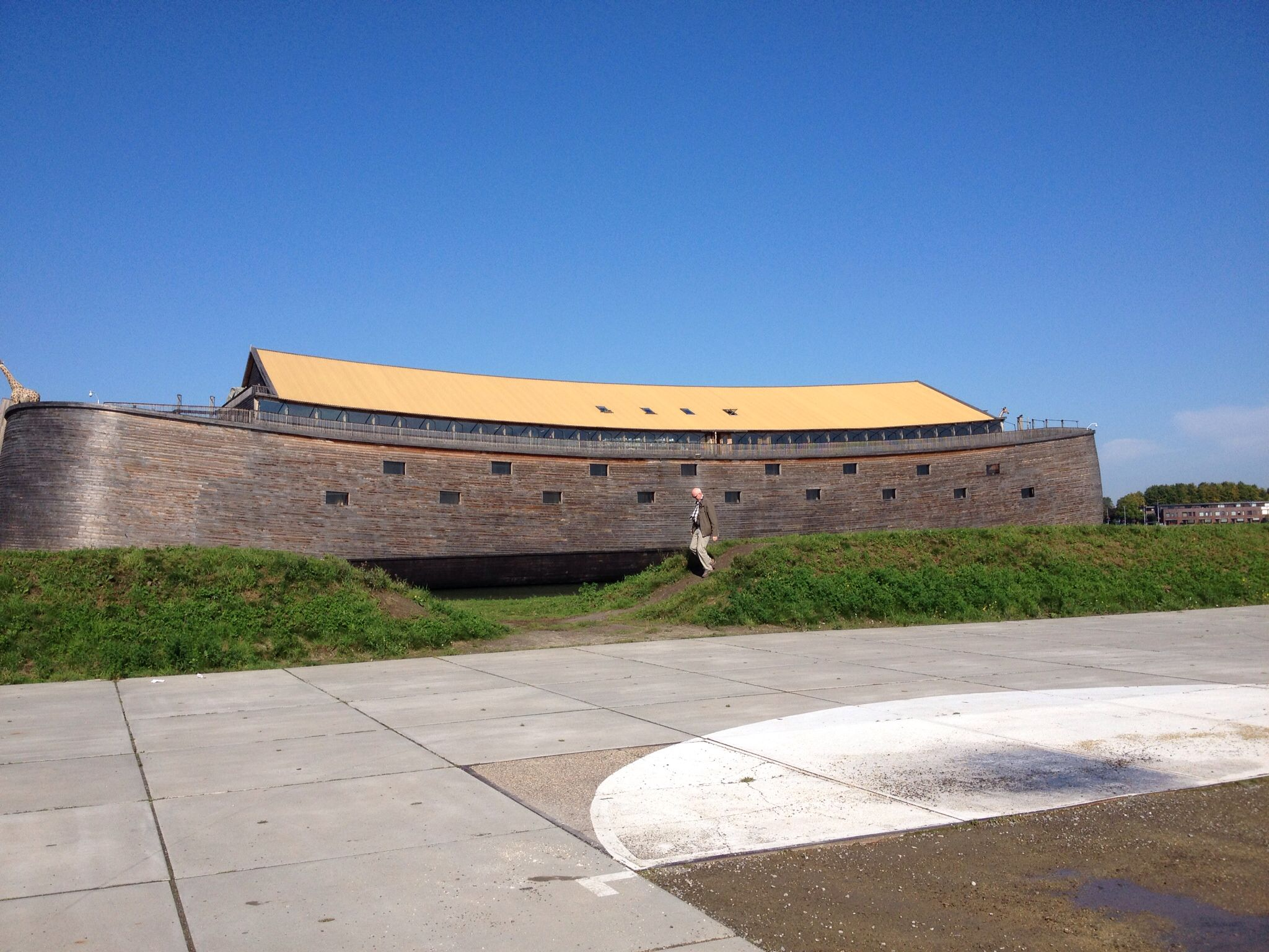 De ark van Noach, nagebouwd op het bijbels verlslag
