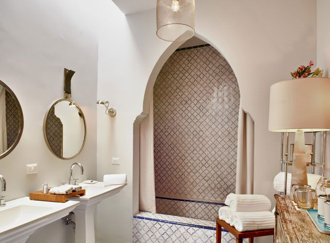 arabesque tile w pencil edge finish bathroom tile Pinterest