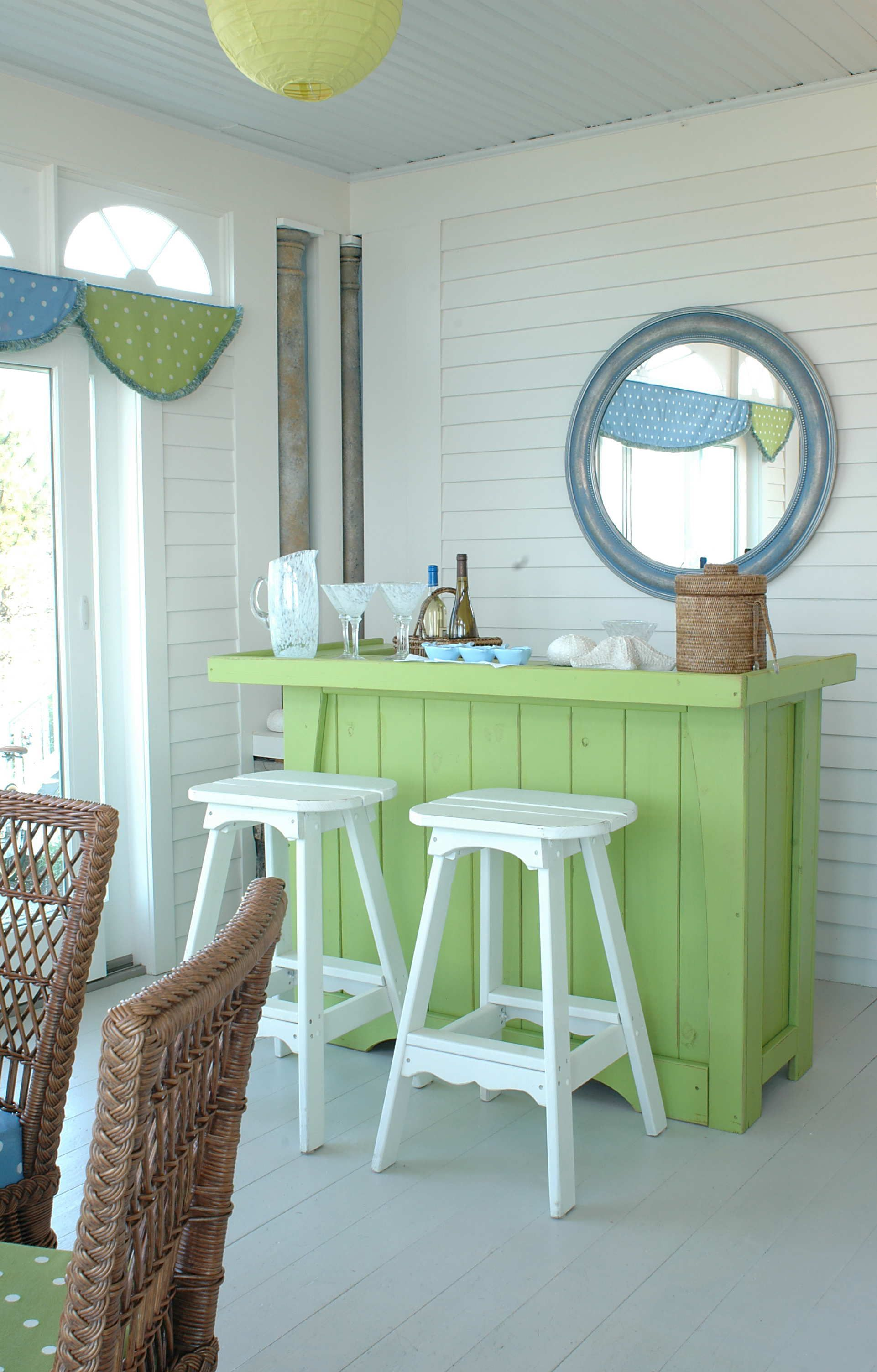 love aqua and lime mixed together for a fresh look! Outdoor kitchen ...