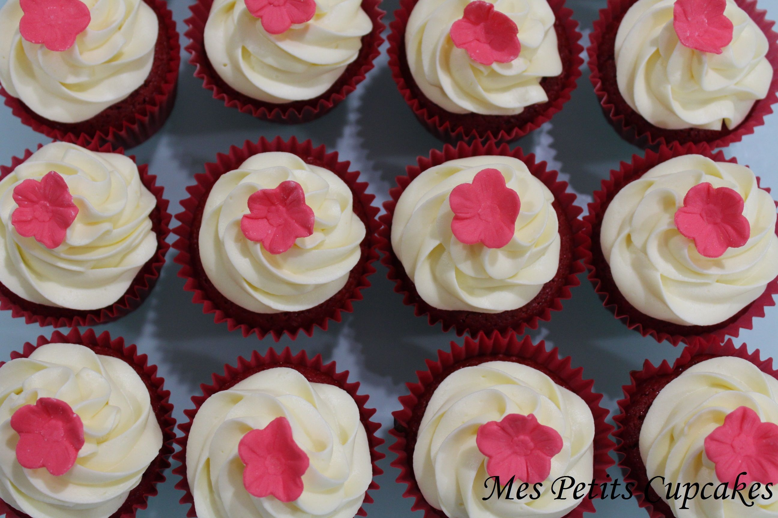 Pink Flower Cupcakes Mes Petits Cupcakes Creations Pinterest