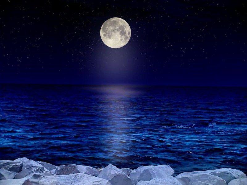 صور لكل محبي القمر والرومانسية وهدوو الليل صور جميلة Beautiful Moon Moon Shadow Mystic Moon