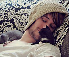 kitten love  this is just so wonderful
