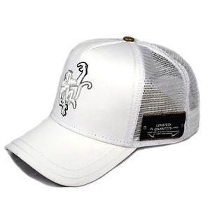 018115b1220 Red-Monkey-Limited-Edition-Grad-Logo-White-Black-Snap-Back-Hat