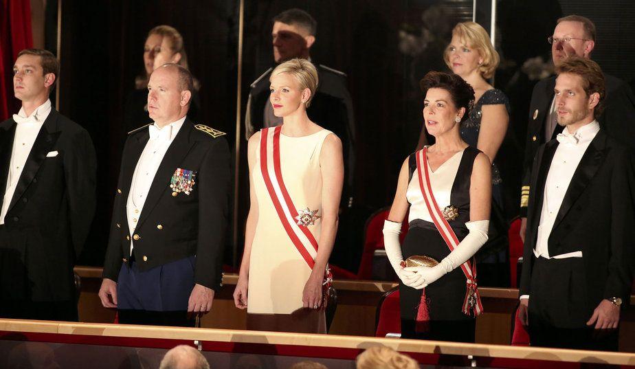 #Monaco National Day, a night at the opera: Le prince Albert de Monaco, son épouse Charlène, la princesse Caroline et ses fils Pierre et Andrea