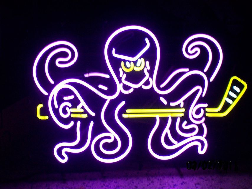 Detroit Red Wings Legend Of The Neon Octopus Sign Neon Detroit Red Wings Red Wings