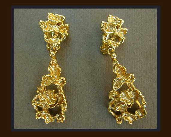 These marvelous vintage earrings by Panetta mimic the look of the