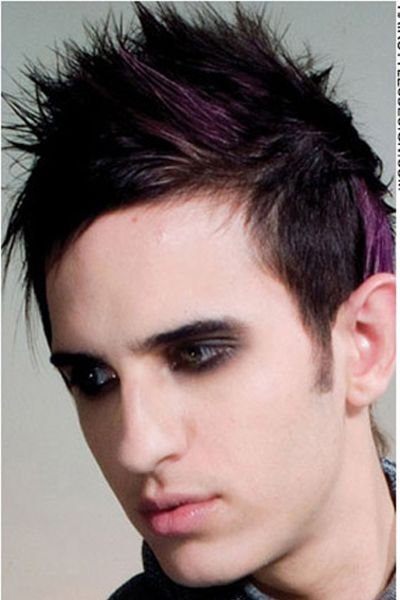 Dark Emo Styled Hair With Purple Streak Punk Hair Short Punk Hair Mens Hairstyles Short