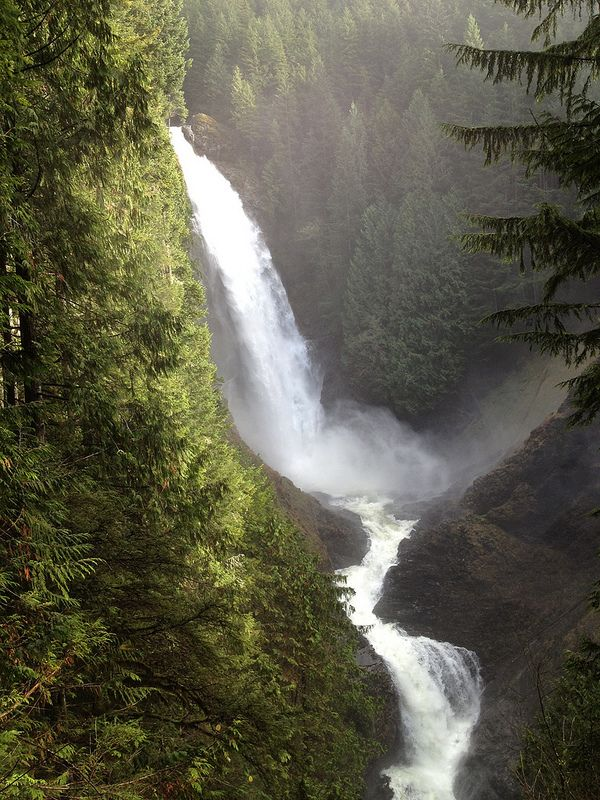 Middle Wallace Falls