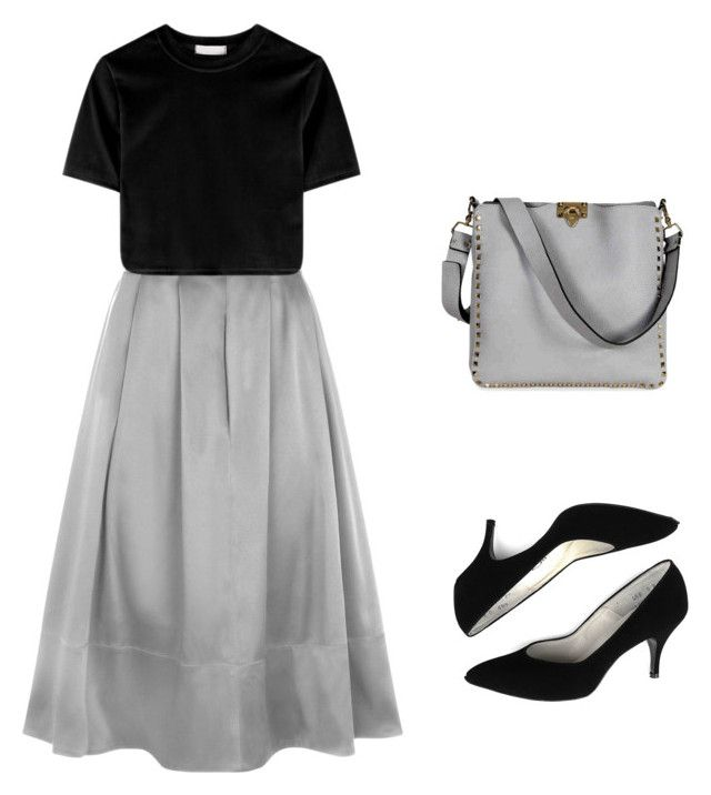 """Untitled #13"" by halle2273 ❤ liked on Polyvore featuring HotSquash and Valentino"