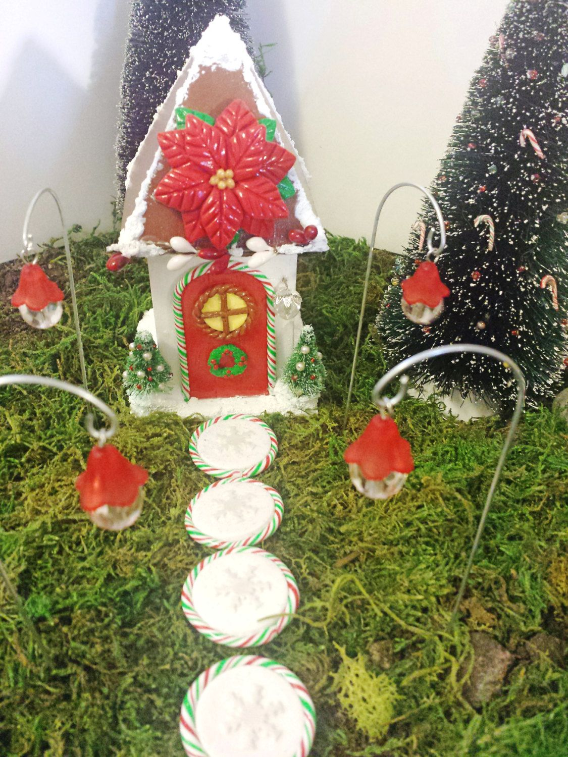 Christmas fairy garden house and accessories kit. 4 each-red fairy ...