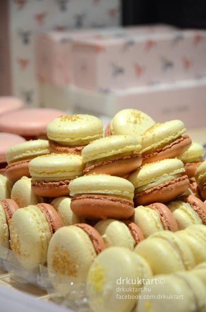 at Chez Dodo - Budapest.  More: http://drkuktart.blog.hu/2015/01/19/chez_dodo_artisan_macarons_cafe