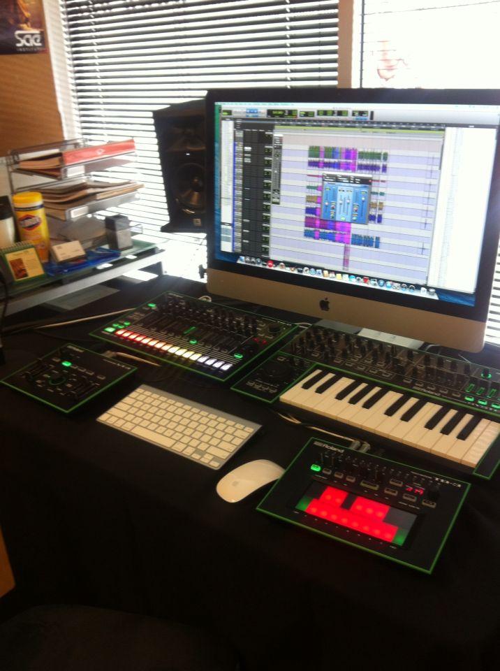 Small Recording Studio Set Up At SAE LA.
