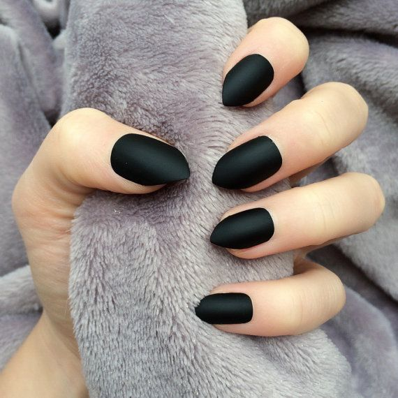 Doobys short Stiletto Nails - Matte Black - 24 Claw Point False ...