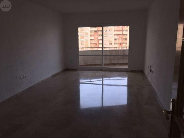 Mil anuncios com compra venta de pisos en teatinos for Pisos baratos en sevilla particulares
