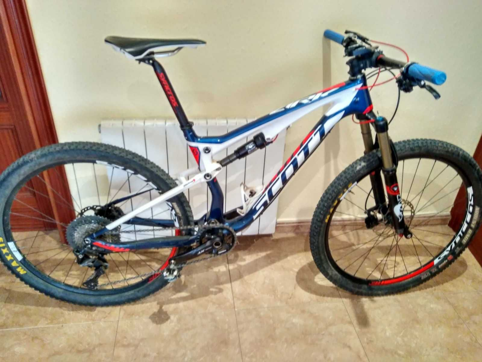 Bicicleta De Montaña Scott Spark 710 Ref 33785 Talla M Año 2015 Cambio Shimano Deore Xt Cuadro De Ca Bicicletas Bicicleta De Montaña Scott Bicicletas Mtb