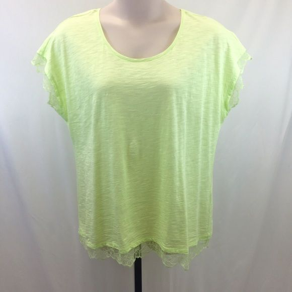 Chicks light green/yellow tshirt lace trim sz 3 Awesome summer/spring color! It's like a light greenish yellow. Chico's size 3, which is like an XL. Nice and soft 60% cotton 40% modal. Lace trim on sleeves and bottom hem.  Does show one spot with more pilling than the rest of the shirt, and one tiny pinhole on the shoulder.  Overall good to very good condition. trades.                                       #538- Chico's Tops Tees - Short Sleeve