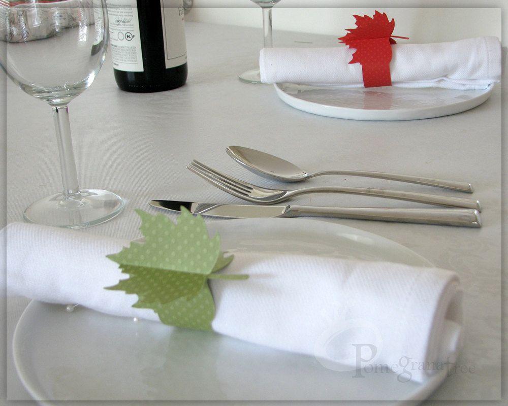 Thanksgiving Decoration , Thanksgiving Napkin Rings, Thanksgiving Table Decor, Autumn Decor, Fall table, Green Napkin, Leaf Napkin, Set of 4 by Pomegranatree on Etsy
