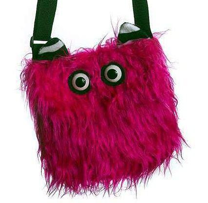Monsterbag, schaurig lustige Plüsch-Tasche,  wird bei Fetenman's verkleidungen-kostueme.de unter der Kategorie Accessoires Taschen  geführt. Tolle Verkleidungen von Orlob Handelsgesellschaft online bei verkleidungen-kostueme.de bestellen und preiswert einkaufen. Die Artikelnummer lautet 28-52-Monsterbag (EAN / GTIN  ).