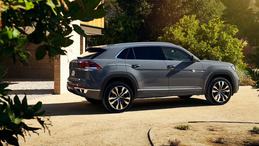 2020 Volkswagen Atlas Cross Sport Photos and Info on This