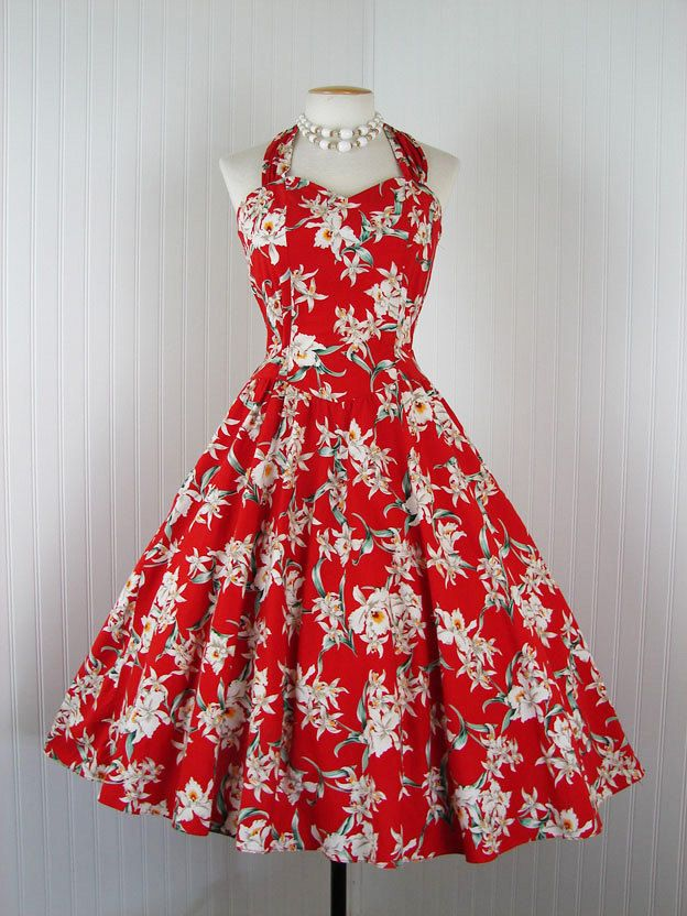 3bb0147cd59 1950s Hawaiian Dress. With a little white shrug
