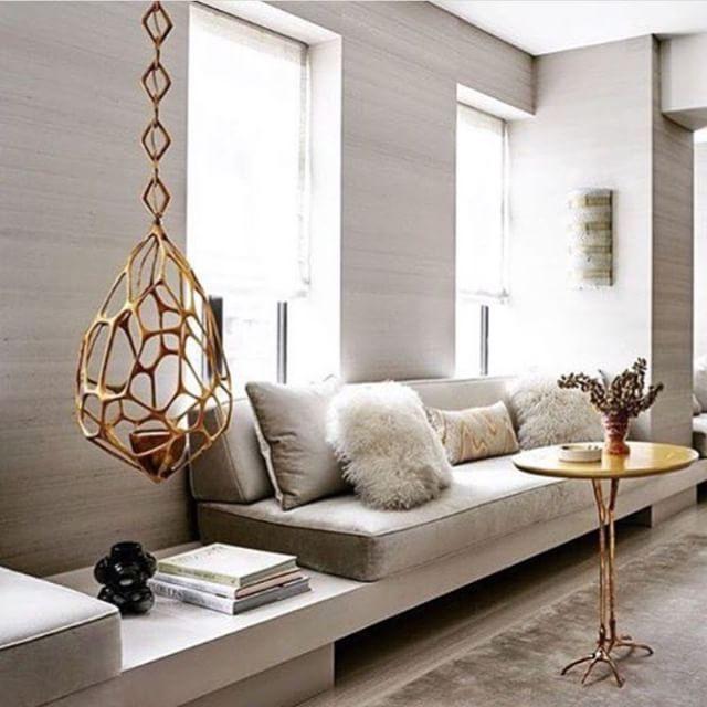 Love this #HervéVanDerStraeten pendant in a @kellybehunstudio interior. .  .  .  : @richardpowersphoto #chicdecor #interiors #designinspiration #interiordesignideas #interiordesigner #refined #decor #torontointeriordesign #southhillhome #lighting #contemporarydesign #luxury #interiordesignersoftoronto  .  #toronto #vancouver #montreal #yorkville #oakville #burlington  .  We Thank You For Following Us.